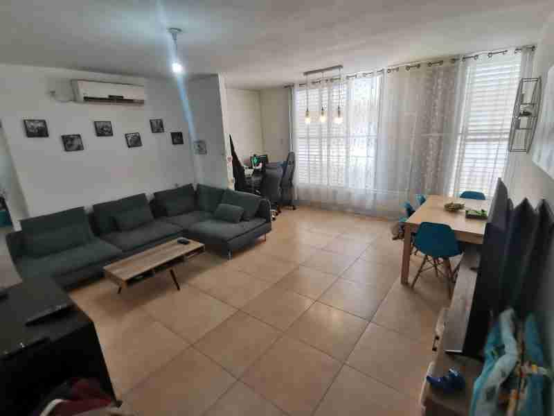 להשכרה דירה 3 חדרים, בשכונת רמז/מערב ותיק ראשון לציון